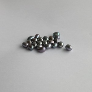 Pearls - graphite drilled rice PP30