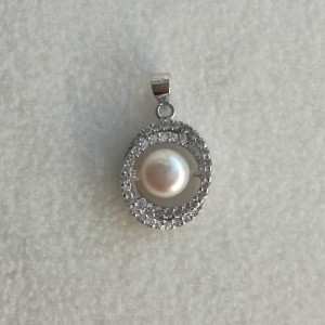 Pendant - white pearl and zirconia PGW08-A