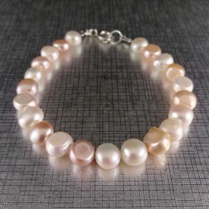 Bracelet made of real white and pink corn pearls 19, 20 or 21cm PB09 MIX