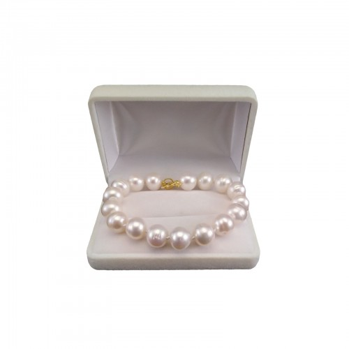 Bracelet made of real white pearls with a gold-plated clasp PBS24