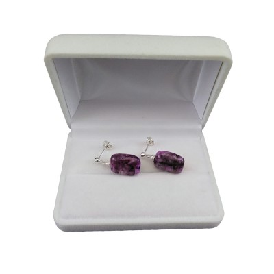 Earrings made of purple rectangular agates on a silver stick KK21