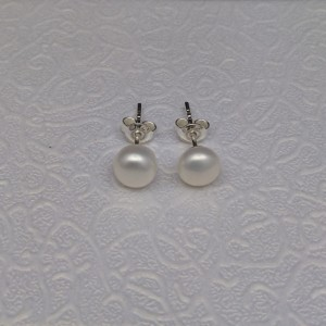 Silver earrings with white pearls 6 - 6.5 mm on stick PK06-A