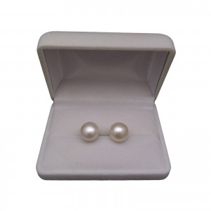 Classic earrings with white pearl 11 mm on a silver stick PK09-A