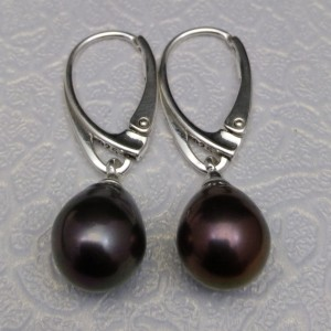 Earrings with real black pearls on English ear wire PK20-D