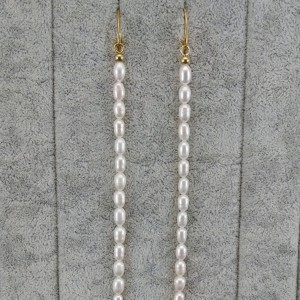 Gold-plated earrings with real white rice pearls 14 cm long PKW41