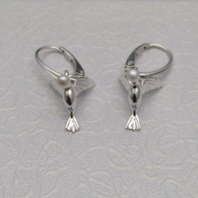 Silver hummingbird earrings with pearl with a length of 3 cm SK-K01