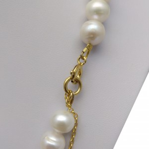 Classic necklace made of real white round pearls 46 cm PNP24