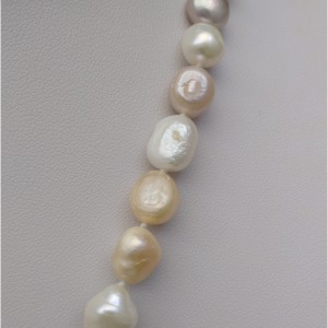 Necklace made of real white-pink pearls 160 cm long rope corn PEG06