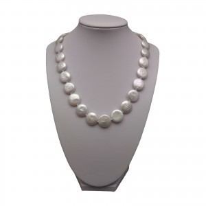 A set of real white pearl pearls with a ring KP16