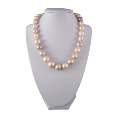 A necklace made of round pearls MIX 45 cm PNS11-B