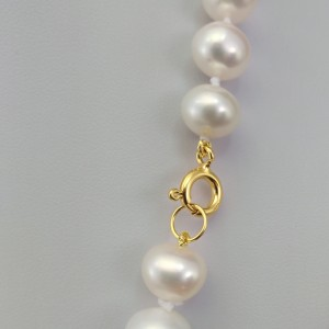 Classic necklace made of real white round pearls 48 cm PNS29-A