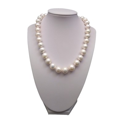 Necklace made of white pearls 46 cm PNS47