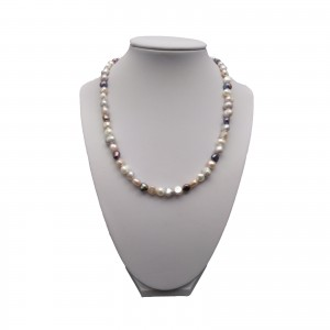 A necklace of colorful corn pearls PN10 MIX