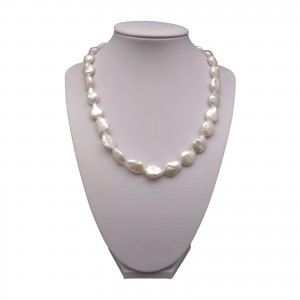 Necklace - pearls coin white 44 - 46 cm PGN21-A