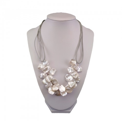 Decorative set of real white keshi pearls on a thong KP49-1