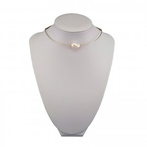 A set of real white baroque pearls with a choker necklace KPP02
