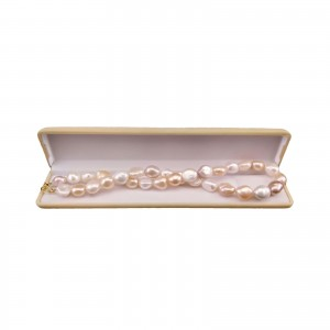 Decorative necklace made of natural baroque pearls 45.5 cm PNP07