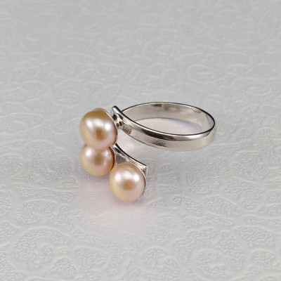 Ring with three 6 mm pink pearls with adjustable size PPi07-3