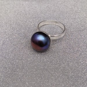 Silver ring with purple pearl 12.5 mm PPi19