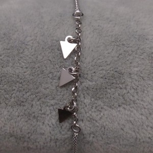 Silver bracelet three triangles celebrity 17 cm SBC18M