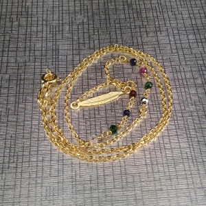 Gold plated celebrity feather chain with colorful 42 cm beads SLPC13