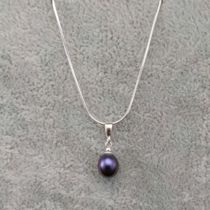 Pendant with purple pearl PW16-B