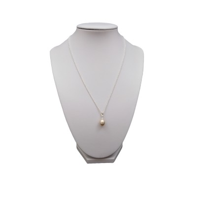 Pendant with a golden teardrop-shaped pearl 10 mm PW36-D